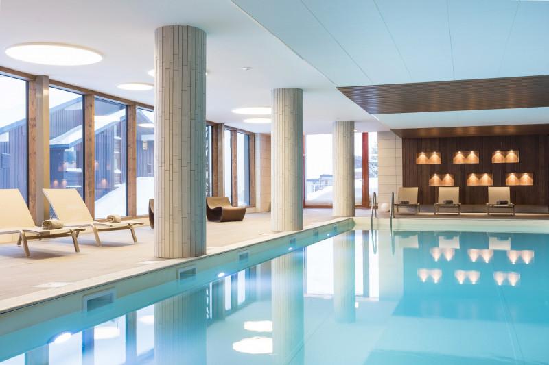 piscine-les-saisies-104-mmv-chaletsdescimes-m-reyboz-copier-8168956